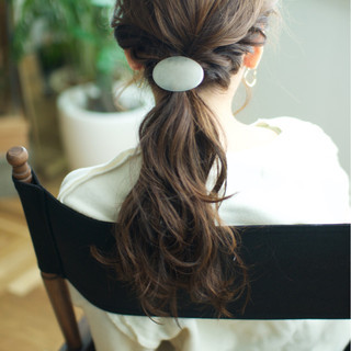 簡単ヘアアレンジ ヘアアレンジ セミロング 二次会 ヘアスタイルや髪型の写真・画像