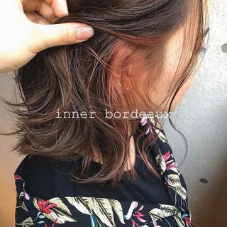 ストリート イヤリングカラー ミディアム インナーカラー ヘアスタイルや髪型の写真・画像
