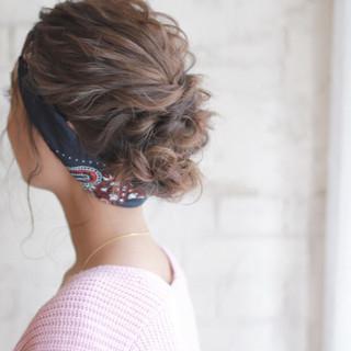 結婚式 簡単ヘアアレンジ フェミニン ショート ヘアスタイルや髪型の写真・画像
