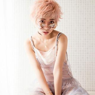 ピュア ピンク ハイトーン ショート ヘアスタイルや髪型の写真・画像
