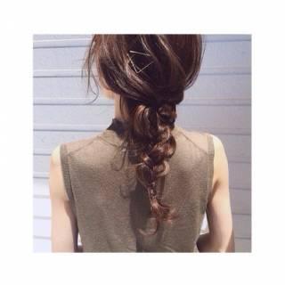 簡単ヘアアレンジ セミロング ショート ストリート ヘアスタイルや髪型の写真・画像