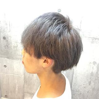 ショート パープル ダブルカラー 透明感 ヘアスタイルや髪型の写真・画像