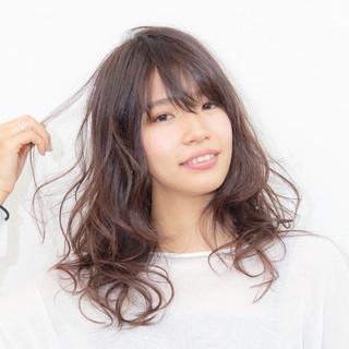 ヘアオイル 大人かわいい フェミニン セミロング ヘアスタイルや髪型の写真・画像