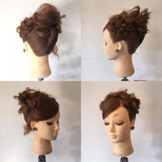 夜会巻 ヘアアレンジ 上品 エレガント ヘアスタイルや髪型の写真・画像