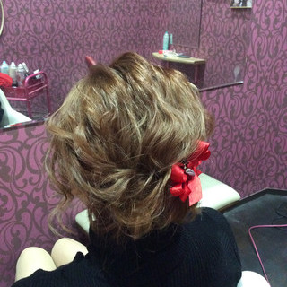 ミディアム ヘアアレンジ 結婚式 簡単ヘアアレンジ ヘアスタイルや髪型の写真・画像 ヘアスタイルや髪型の写真・画像