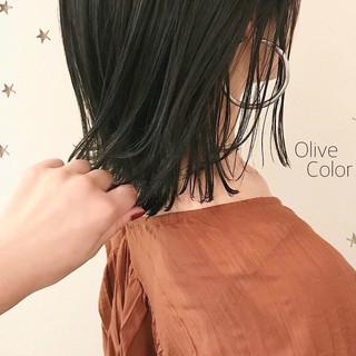 ナチュラル ミディアム 切りっぱなし 切りっぱなしボブ ヘアスタイルや髪型の写真・画像