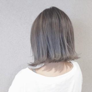 外ハネ こなれ感 グレー 外国人風カラー ヘアスタイルや髪型の写真・画像