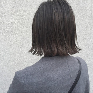 ロブ 外ハネ 外国人風 切りっぱなし ヘアスタイルや髪型の写真・画像 ヘアスタイルや髪型の写真・画像