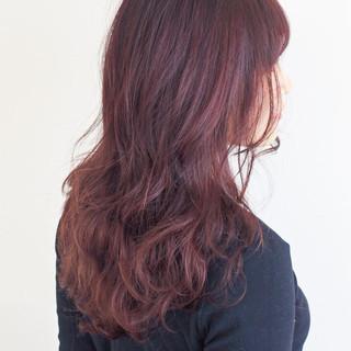 セミロング ベリーピンク ラベンダーピンク ピンク ヘアスタイルや髪型の写真・画像