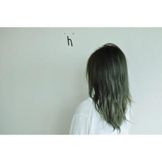 ミディアム 透明感 ダブルカラー グラデーションカラー ヘアスタイルや髪型の写真・画像