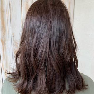 デート 圧倒的透明感 巻き髪 暗髪 ヘアスタイルや髪型の写真・画像