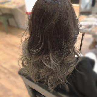 エレガント グレージュ セミロング ブルージュ ヘアスタイルや髪型の写真・画像