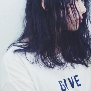 ストリート 暗髪 ミディアム グラデーションカラー ヘアスタイルや髪型の写真・画像