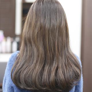 ナチュラル ゆるふわ セミロング 透明感カラー ヘアスタイルや髪型の写真・画像