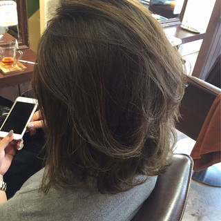 アッシュ ボブ ナチュラル グレージュ ヘアスタイルや髪型の写真・画像