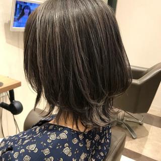 ハイライト グラデーションカラー 外国人風カラー グレージュ ヘアスタイルや髪型の写真・画像
