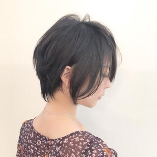 秋 デート ショート アッシュ ヘアスタイルや髪型の写真・画像