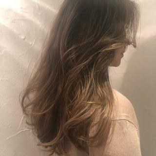 エレガント バレイヤージュ グラデーションカラー 外国人風カラー ヘアスタイルや髪型の写真・画像