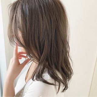 ナチュラル 暗髪 圧倒的透明感 セミロング ヘアスタイルや髪型の写真・画像