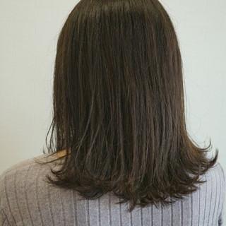 ミディアム アッシュ 透明感 ロブ ヘアスタイルや髪型の写真・画像