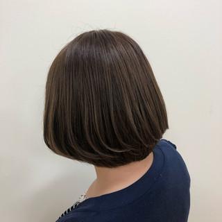 大人女子 グレージュ ナチュラルベージュ ボブ ヘアスタイルや髪型の写真・画像