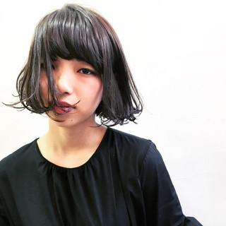 黒髪 モード ボブ こなれ感 ヘアスタイルや髪型の写真・画像