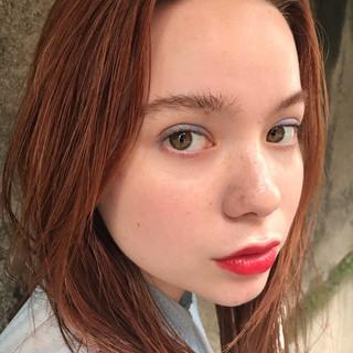 ミディアム デート レイヤーカット オレンジ ヘアスタイルや髪型の写真・画像