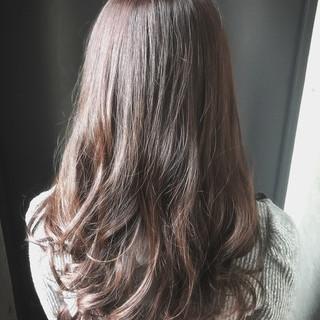 ガーリー 大人かわいい アッシュ 艶髪 ヘアスタイルや髪型の写真・画像