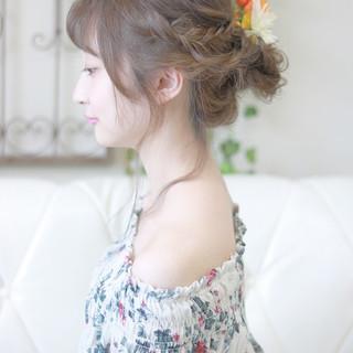 デート セミロング 夏 フェミニン ヘアスタイルや髪型の写真・画像
