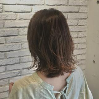 鎖骨ミディアム 大人ミディアム ミディアム ミディアムレイヤー ヘアスタイルや髪型の写真・画像