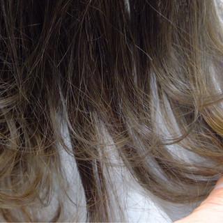 アッシュ グラデーションカラー 外国人風 ゆるふわ ヘアスタイルや髪型の写真・画像 ヘアスタイルや髪型の写真・画像