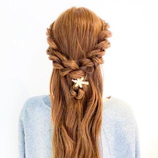 ヘアアレンジ フェミニン 大人女子 簡単ヘアアレンジ ヘアスタイルや髪型の写真・画像