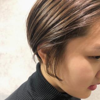 シースルーバング ショート ナチュラル ショートボブ ヘアスタイルや髪型の写真・画像
