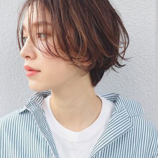外国人風 ハイライト 色気 ニュアンス ヘアスタイルや髪型の写真・画像 ヘアスタイルや髪型の写真・画像