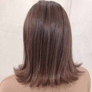セミロング ナチュラル ハイトーン 透明感 ヘアスタイルや髪型の写真・画像