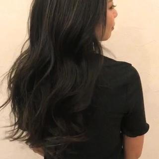 ロング エレガント 暗髪 グレー ヘアスタイルや髪型の写真・画像 ヘアスタイルや髪型の写真・画像