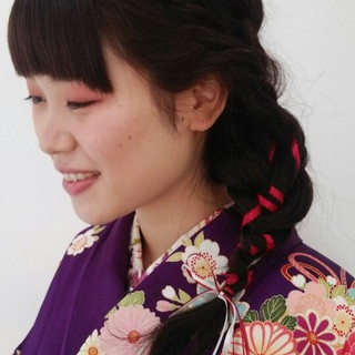 謝恩会 暗髪 袴 編み込み ヘアスタイルや髪型の写真・画像