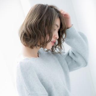 ボブ 小顔 大人女子 ナチュラル ヘアスタイルや髪型の写真・画像