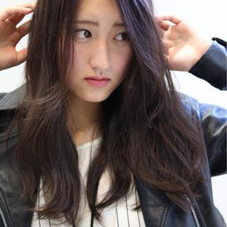 こなれ感 艶髪 小顔 ロング ヘアスタイルや髪型の写真・画像 ヘアスタイルや髪型の写真・画像
