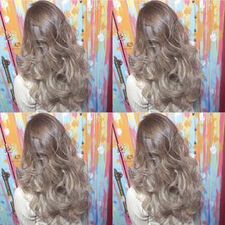 モード ハイライト ロング アッシュ ヘアスタイルや髪型の写真・画像 ヘアスタイルや髪型の写真・画像