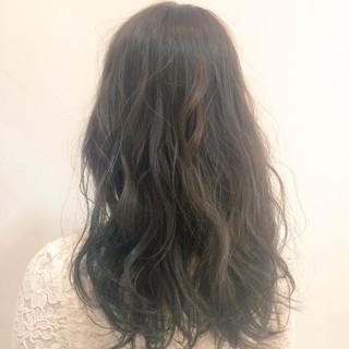 ロング ゆるふわ 大人かわいい グラデーションカラー ヘアスタイルや髪型の写真・画像