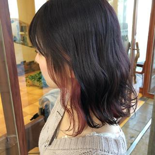 波ウェーブ セミロング フェミニン ピンクベージュ ヘアスタイルや髪型の写真・画像