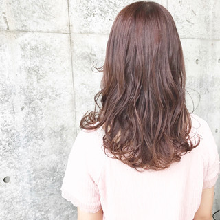 セミロング レッド フェミニン ベージュ ヘアスタイルや髪型の写真・画像