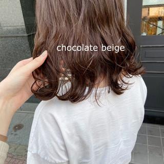 ミディアム ブラウンベージュ ピンクベージュ アッシュベージュ ヘアスタイルや髪型の写真・画像