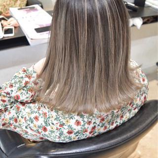 グレージュ ストリート 外国人風カラー ボブ ヘアスタイルや髪型の写真・画像