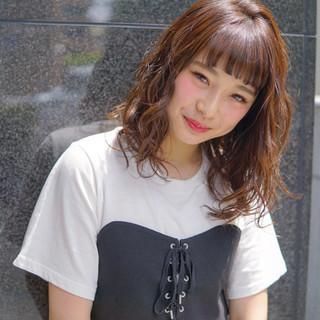 アンニュイ リラックス ミディアム ストリート ヘアスタイルや髪型の写真・画像