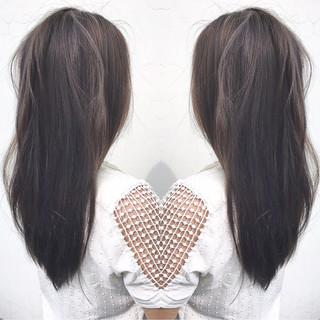 ロング リラックス アウトドア アンニュイ ヘアスタイルや髪型の写真・画像