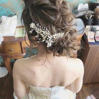 パーティ セミロング ナチュラル 結婚式 ヘアスタイルや髪型の写真・画像