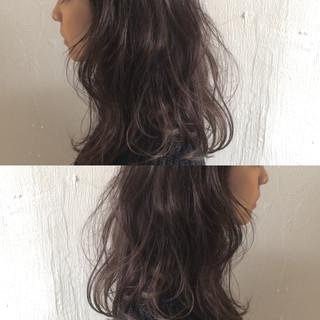 大人かわいい ハイライト アッシュ ストリート ヘアスタイルや髪型の写真・画像