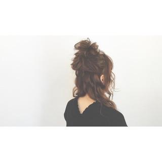大人かわいい 簡単ヘアアレンジ ハーフアップ ゆるふわ ヘアスタイルや髪型の写真・画像